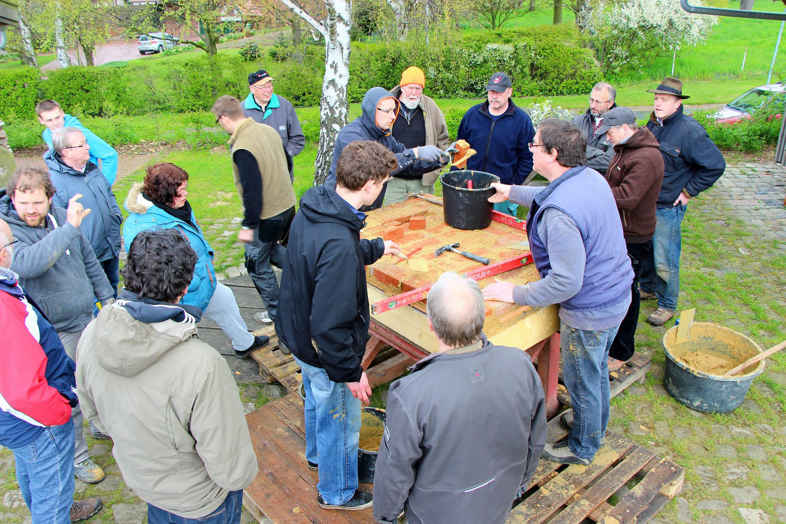 07_ofenbau-workshop_23-04-2016_klein.jpg
